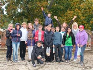Нижегородская сбытовая компания организовала экскурсию вусадьбу Приклонских-Рукавишниковых для ребят изподшефного детского дома