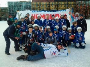 ОАО «Нижегородская сбытовая компания» оказало поддержку юным хоккеистам намеждународном турнире